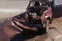В Самарском районе столкнулись три автомобиля.
