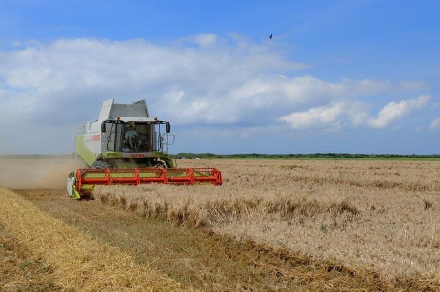 Россельхозбанк запускает новый лизинговый продукт и открывает возможности приобретения сельхозтехники и оборудования в лизинг.