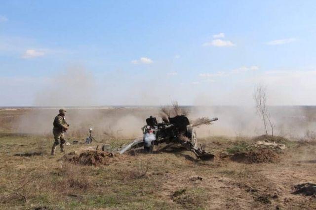 Украинские военные испытали «дефицитные» снаряды к пушке МТ-12 «Рапира»
