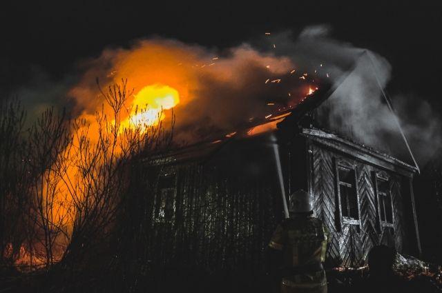В тушении пожара участвовали18 человек личного состава и 4 единицы техники.