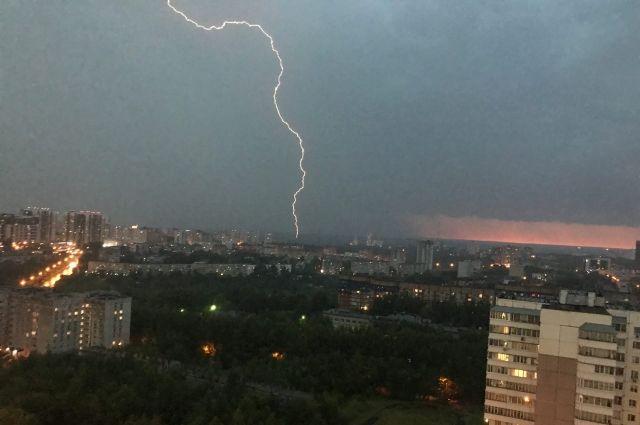 В Оренбуржье на Пасху прогнозируются грозы и кратковременные дожди.