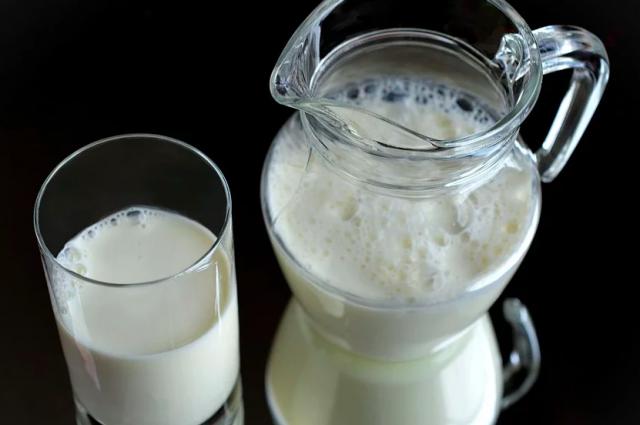 В детском саду Губкинского хранилась просроченная молочная продукция