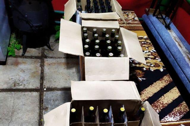 Изъято более 600 бутылок контрафактного алкоголя.