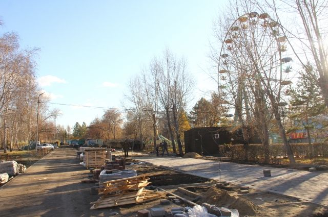 В прошлом году случился скандал - подрядчик вовремя не завершил работы в Советском парке.