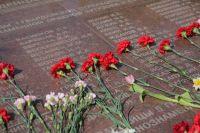 Память о мужестве и героизме старших поколений всегда будет жить в наших сердцах.