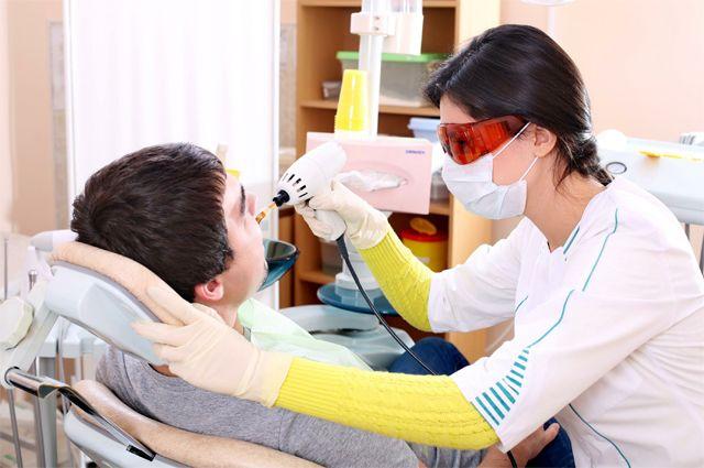 Дентофобия отменяется. Почему сегодня можно не бояться лечить зубы