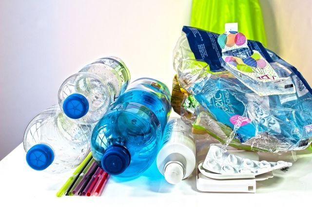 Пластик теперь нужно помещать в отдельный контейнер