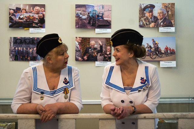 В красноярском Доме офицеров подвели итоги автопробега «Поздравь ветерана с Победой!».
