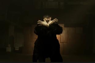 О чем клип на песню Noize MC «Век-волкодав» и на чьи стихи она написана?