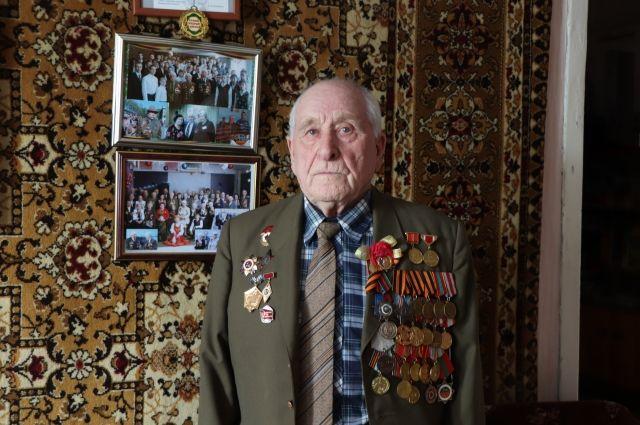 Всю войну ветеран прошёл в составе танкового экипажа.