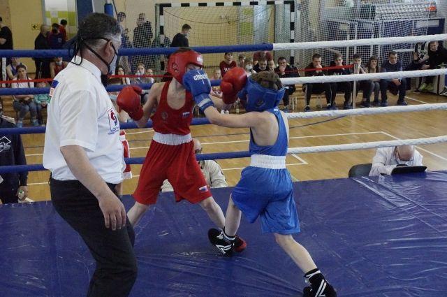 «Кубок Победы» включают в себя первенство и чемпионат Сахалинской области.