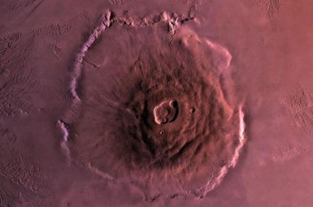 Вулканы на Марсе могут оставаться активными, - ученые