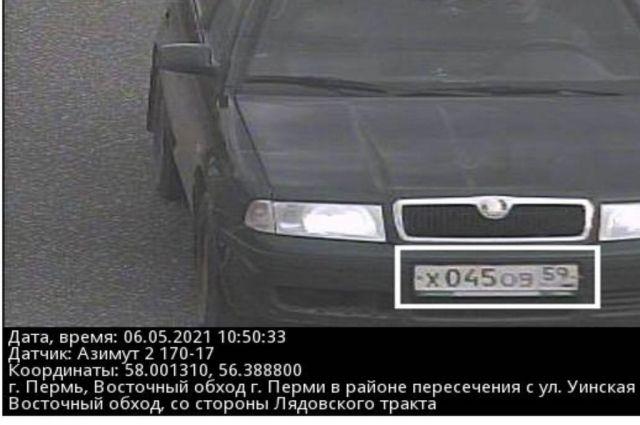Видеокамеры зафиксировали машину на Восточном обходе.
