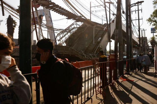 Число жертв крушения метромоста в Мехико увеличилось до 26 человек