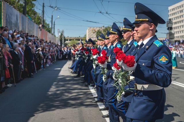 В День Победы проход на площадь Ленина будет осуществляться по пригласительным.