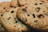 Овсяное печенье с кусочками шоколада: рецепт вкусного лакомства