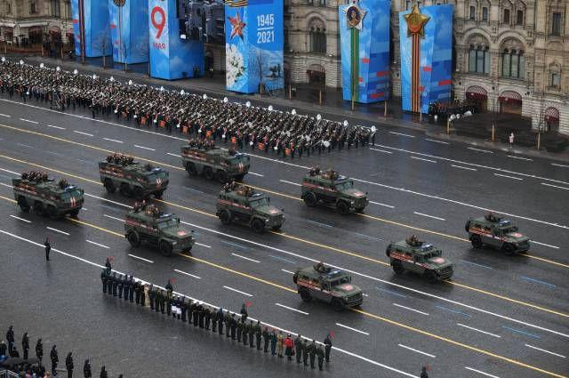 БКА «Патруль » и бронеавтомобили «Тайфун-К ».