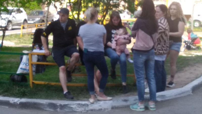 О трагедии говорят в каждом доме и в каждом дворе Казани.