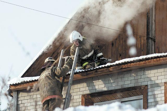 На пожарах погибли 124 человека.