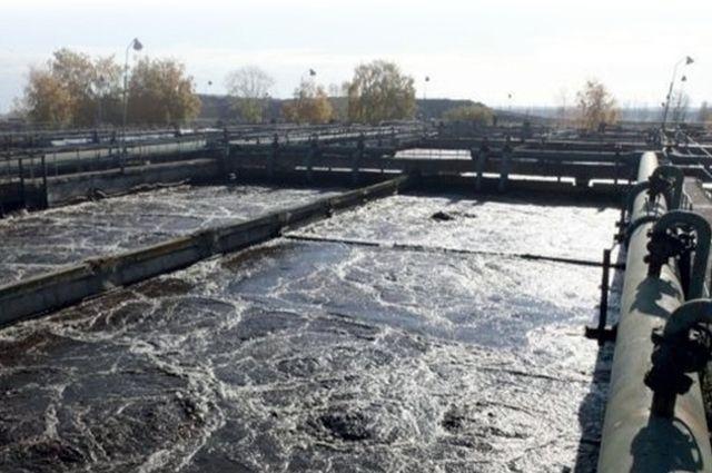 В этом году приступят к строительству объекта в Навле и реконструкции двух - в Клинцах и Клетне. Предусмотрено на это свыше 170 млн руб. из областного бюджета.