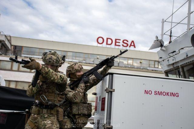 Украинские разведчики провели учения на американском военном корабле