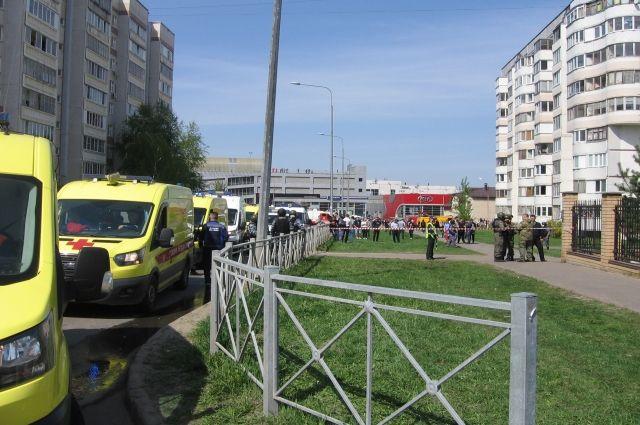 Стало известно о состоянии раненных в школе казанцев, отправленных в Москву