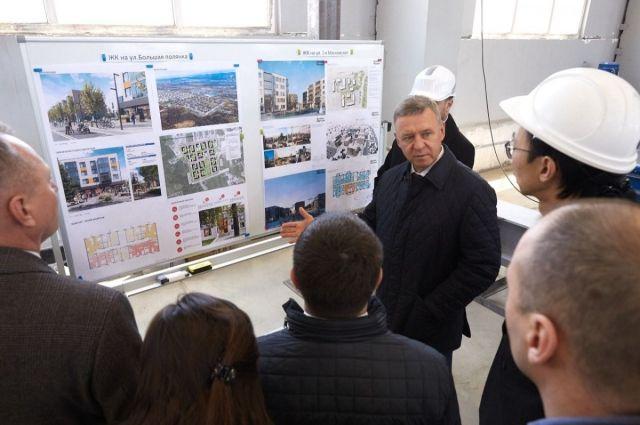 Выездное рабочее совещание на предприятии провел мэр Южно-Сахалинска Сергей Надсадин.