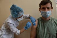 После получения образца штамма в Новосибирке начнутся испытания эффективности вакцины против новой угрозы.