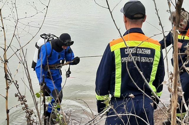 В составе аварийно-спасательной службы Оренбуржья работают четыре водолаза, и есть одна вакансия.