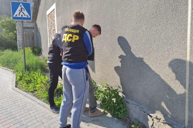 В Тернопольской области на взятке в 100 тыс. гривен задержали чиновника ОТО