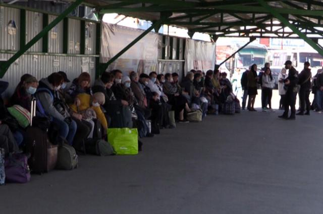 На КПВВ «Станица Луганская» объявились мошенники: что нужно знать