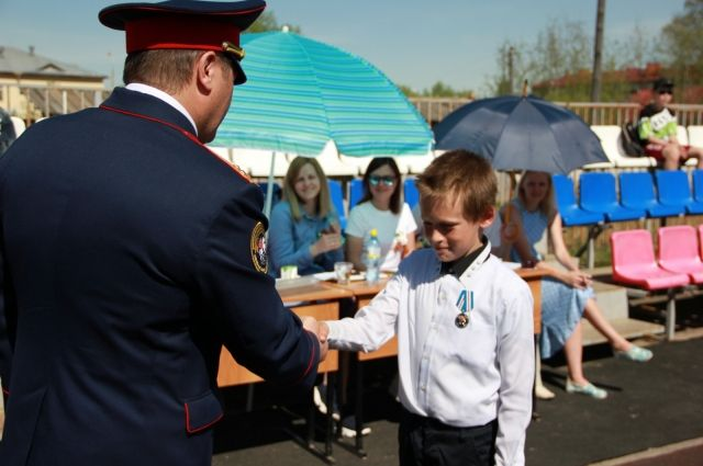 Ему вручили медаль СКР «Доблесть и отвага».