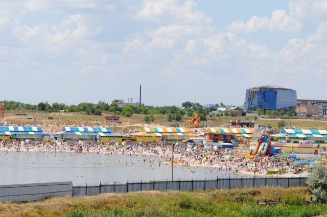 Стоимость входа на озера Соль-Илецка выросла до 300 рублей.