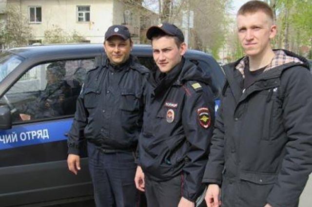 сержант полиции Леонид Тюлюков, стажер по должности полицейского Геннадий Богатов и вахмистр Казачьей дружины Андрей Лазутов