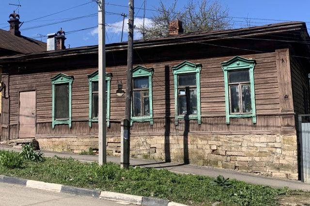 Дом 42 по улице Пирогова.