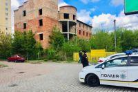 Двойное убийство: полиция нашла в шахте лифта недостроя трупы двух мужчин