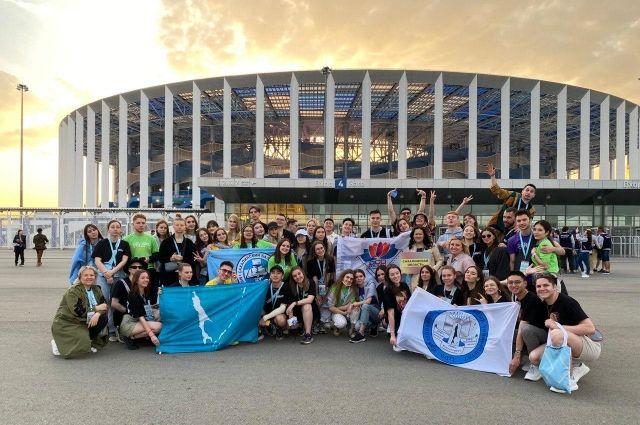 Сахалинскую область представляют 57 человек.