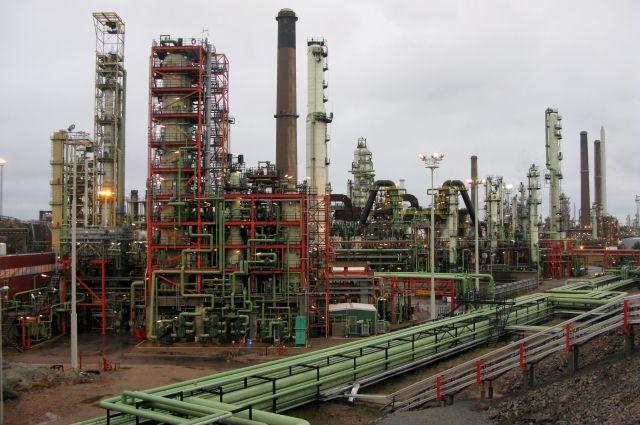 Финляндия значительно сократила закупки российской нефти