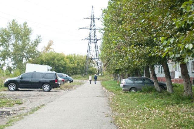 В Ижевске с 1 июня вновь штрафуют за парковку на газонах