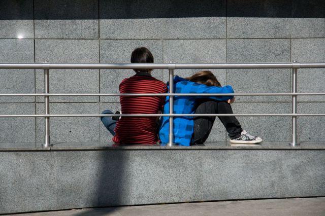 Для ребёнка модель отношений в семье - единственно правильная, другой он не знает.