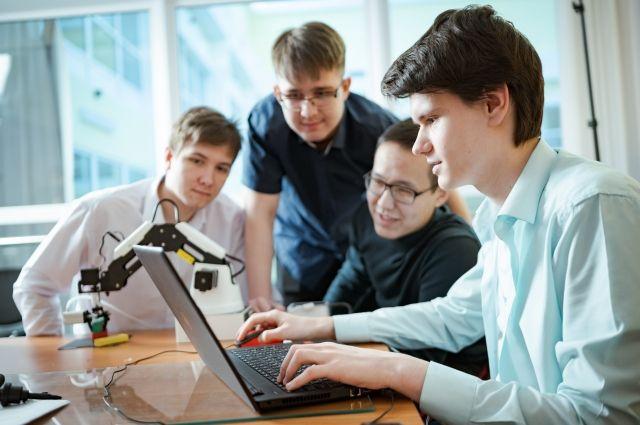 Почти каждый проект был обеспечен сценариями их проведения в онлайн-, оффлайн- или гибридном формате