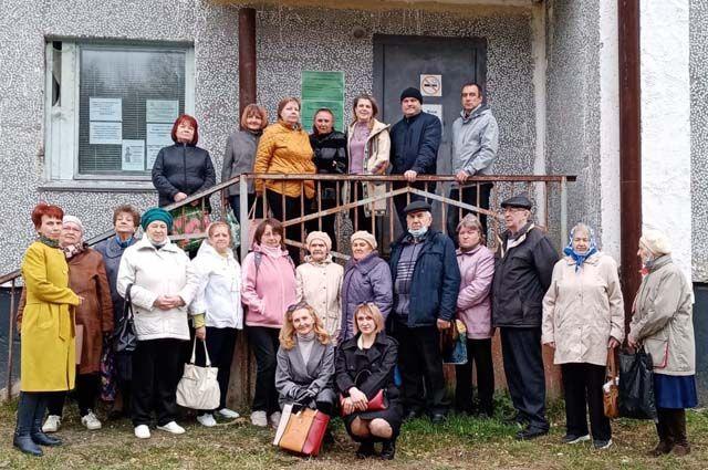 Жители Шудаяга ждут, когда откроется амбулатория.