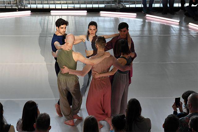 В Третьяковке давали балет и шли спектакли.