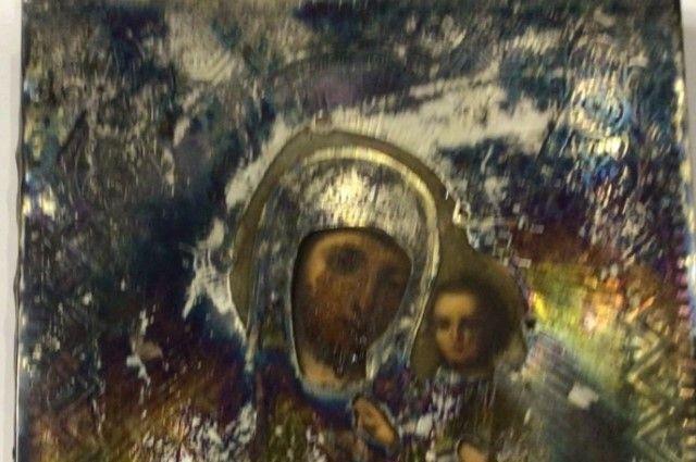 Бугурусланцы помогли вернуть народной артистке РФ Ольге Остроумовой семейную реликвию.