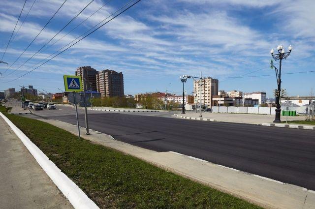 Работы по устранению ям на дорогах в границах города продлятся до 1 июня.