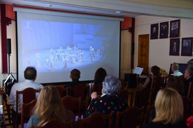 Сезон онлайн-концертов стартовал в Енисейске и Лесосибирске.