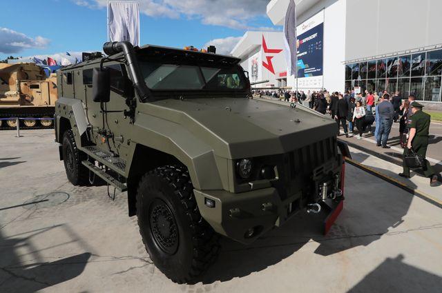 Бронеавтомобиль «КамАЗ» 53949 «Тайфун» навыставке «Армия России— завтра».