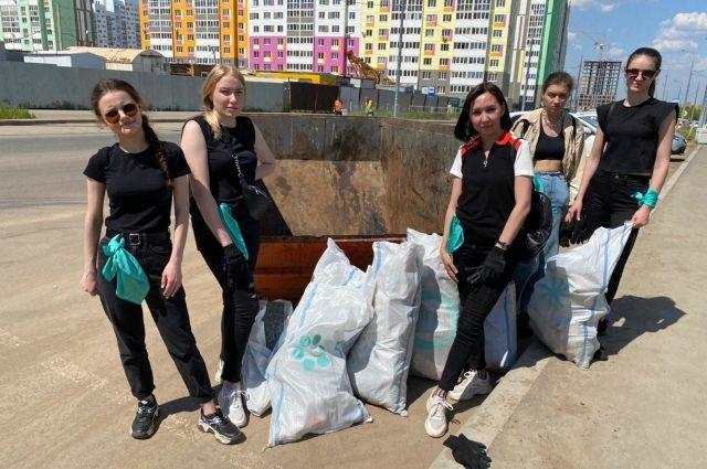Сделать Оренбург чище вызвались волонтеры движения «Musor.net_56».