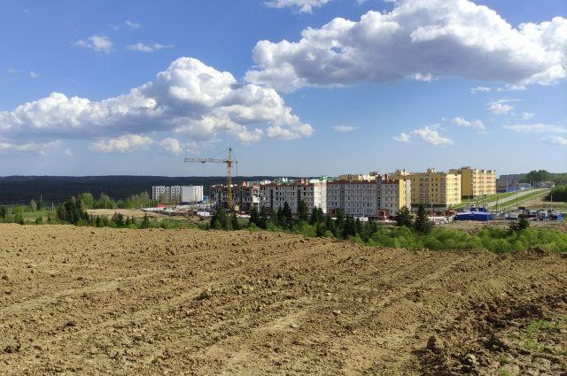 На площадке начались подготовительные работы для строительства новых 15 домов.