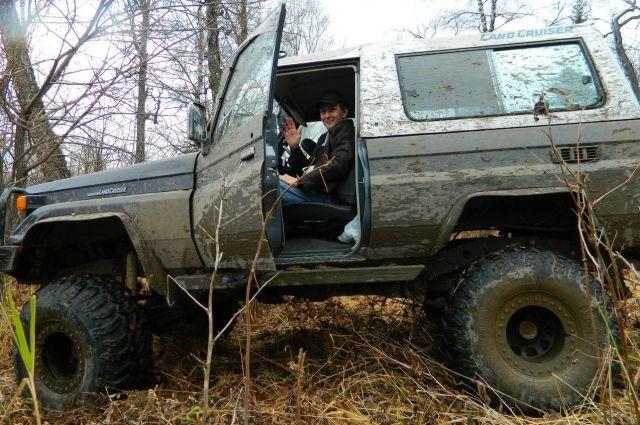 На автомобиле и с помощью своих друзей Владислав Вериго уже совершил путешествие к геоглифу
